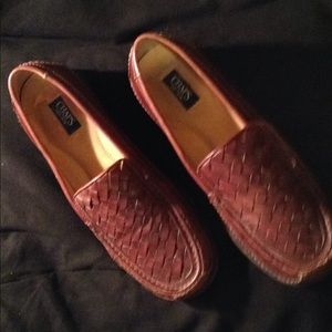 CHAPS  MEN LOAFERS BROWN SZ12 needs a small repair